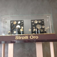 Photo taken at Stroili Oro by Alfredo M. on 10/15/2013