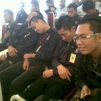 Photo taken at Institut Kemahiran Belia Negara Miri by Mohd Zulfadhli M. on 10/21/2013