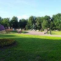 Снимок сделан в Сад им. Баумана пользователем Irina K. 6/13/2013