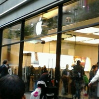 Photo taken at Apple Bahnhofstrasse by Polly D. on 10/1/2012