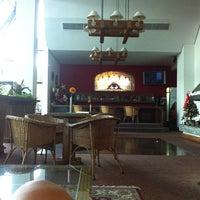 Foto tirada no(a) Hotel Continental Canela por Vera S. em 1/10/2013