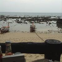 Photo taken at Lanta New Beach Bungalows by Oriol P. on 2/24/2013