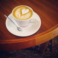 Foto tomada en Intelligentsia Coffee por Nathan G. el 6/14/2013