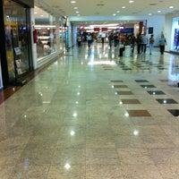 Foto tirada no(a) Rio Preto Shopping Center por J Fernando M. em 3/20/2013