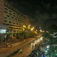 Photo taken at Pasar Maling Wonokromo by Tulus T. on 5/31/2015