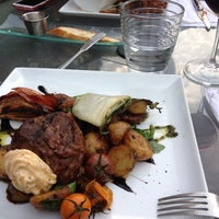 Photo prise au Mechant Steak par Marie V. le7/27/2013