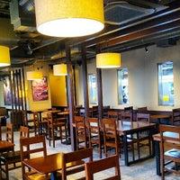 Photo taken at Starbucks by Daisuke H. on 6/15/2013