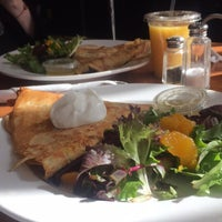 Photo taken at Crepes Parisiennes by Sumaya A. on 3/1/2017