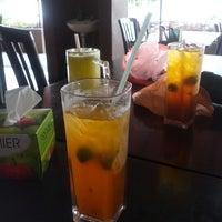 Photo taken at Restoran Sekinchan Bakar Shah Alam by Shaifuzain A. on 10/14/2012