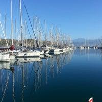 Foto tirada no(a) Ece saray marina por Yılmaz Y. em 9/20/2013