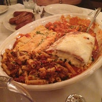 Photo taken at Carmine's Italian Restaurant - Upper West Side by Maritza C. on 2/24/2013