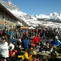Photo taken at Sextas - Formigal by Ainhoa A. on 3/2/2013