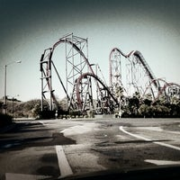 Photo taken at Six Flags Magic Mountain by brandon on 12/15/2012