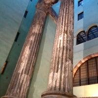 Foto tomada en Templo de Augusto por Maida B. el 2/16/2013