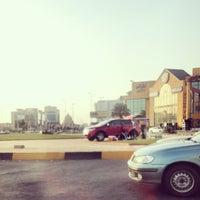 Photo taken at اشارة تقاطع الامير سلطان مع البترجي (الجديدة) by Shadi B. on 7/8/2014