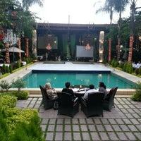 Photo taken at Restaurante Hacienda Laborcilla by Cristopher Y. on 9/27/2012