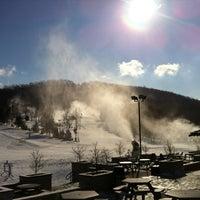 รูปภาพถ่ายที่ Liberty Mountain Resort โดย Levi เมื่อ 1/24/2013