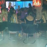 7/25/2013 tarihinde Funda Ö.ziyaretçi tarafından Zeki Bar'de çekilen fotoğraf