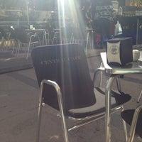 11/12/2013에 Gloria님이 Central Cafe에서 찍은 사진