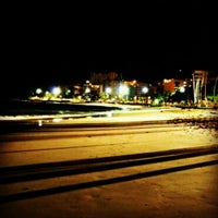Foto tirada no(a) Praia de Jatiúca por Thallysson A. em 10/22/2012