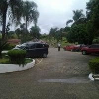 Foto tirada no(a) Hotel Fazenda Paraty por Cida T. em 2/15/2014