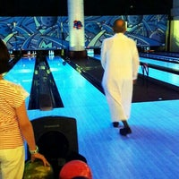 Photo taken at Yalla Bowling Lanes by Shaleo S. on 10/5/2014