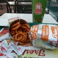 Photo taken at Arby's by Muhammed D. on 11/19/2012