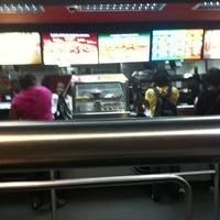 Photo taken at Burger King by Javon D. on 5/31/2013
