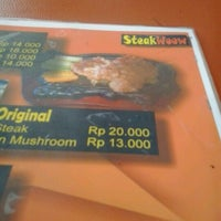 Photo taken at Steak Woow by Husnul Khotimah on 5/7/2013