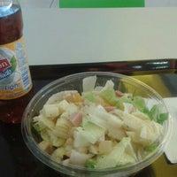 Photo taken at Fresh Salads Fresca Vida by Aaron Z. on 1/12/2014