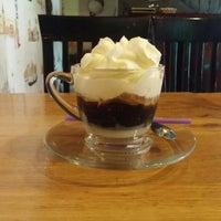Снимок сделан в Moka Café пользователем Olga P. 9/28/2015