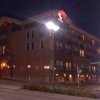 Photo taken at The Heathman Hotel Kirkland by Fernando T. on 10/5/2012