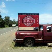 Photo taken at Romy's Kahuku Prawns & Shrimp Hut by tetusun on 5/3/2013