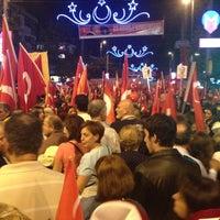 10/29/2012 tarihinde Güzemziyaretçi tarafından Caddebostan Barlar Sokağı'de çekilen fotoğraf
