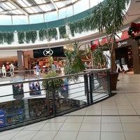 Foto tomada en Punta Shopping por Leo A. el 11/22/2012