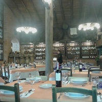 Foto tirada no(a) Restaurante Sbornea's por Aline M. em 4/12/2013
