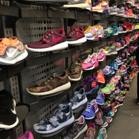 Photo taken at House Of Hoops by Nautimo on 9/15/2013