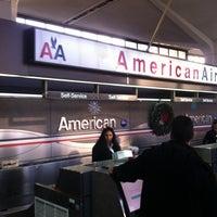 Das Foto wurde bei Newark AirTrain - Terminal A von Евгений am 1/2/2013 aufgenommen