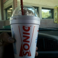 Photo taken at SONIC Drive In by GeRoMe on 10/9/2012