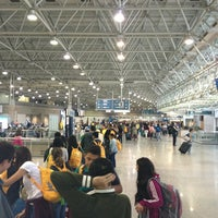 Photo taken at Rio de Janeiro–Galeão International Airport (GIG) by Julio C. on 7/29/2013