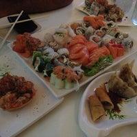 Foto tirada no(a) Hashi Sushi Bar por Ailton S. em 12/27/2012