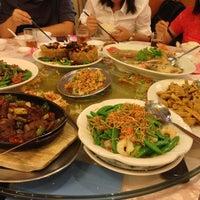 Photo taken at Restoran Hai Thian by Anthony L. on 2/22/2013