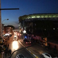 Photo taken at Radyo Fenerbahçe 97.0 by Kadir K. on 4/4/2013
