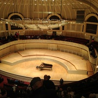 Foto scattata a Symphony Center (Chicago Symphony Orchestra) da Bill A. il 4/7/2013