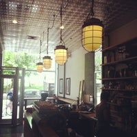 Das Foto wurde bei Café Humble Lion von Doollie am 6/1/2013 aufgenommen