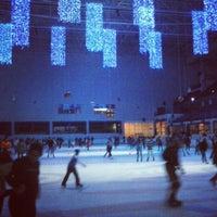 Photo taken at C.C. Dreams Palacio de Hielo by Juan C. S. on 12/21/2012