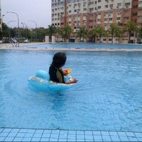 Photo taken at Sri Hijau swimming pool by Esbz eika (. on 2/26/2015
