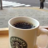 Photo taken at Starbucks by toshiyuki on 12/26/2012