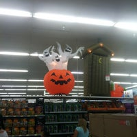Photo taken at Walmart Supercenter by Bianca M. on 10/31/2012