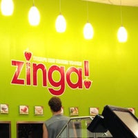 Photo taken at Zinga Frozen Yogurt by Dustin F. on 10/2/2012